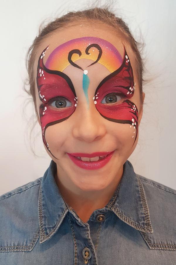 Maquilleuse pour animation maquillage enfant sur Monaco Nice Cannes