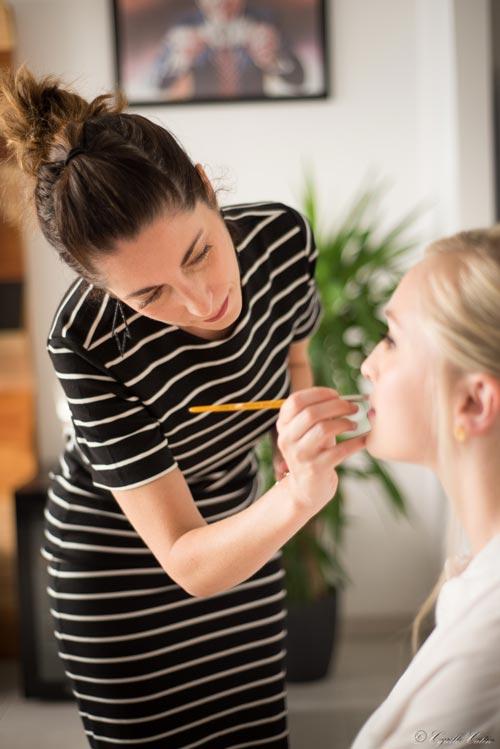 Préparation et mise en beauté de la mariée par Alicia maquilleuse professionnelle