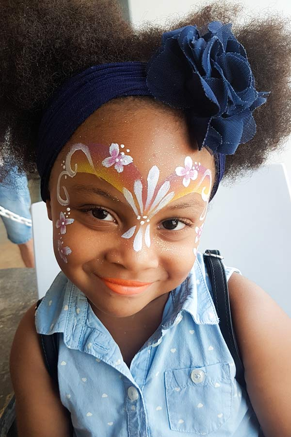 Maquilleuse pour animation enfants Face-painting Nice Cannes Monaco
